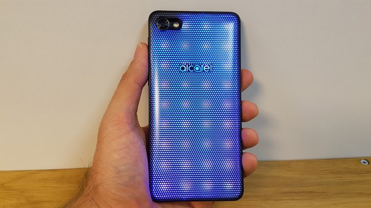 test Alcatel A5 LED